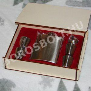 Fadobozos Pálinkás Készlet Flaska + 4 Fém Pohár + Tölcsér