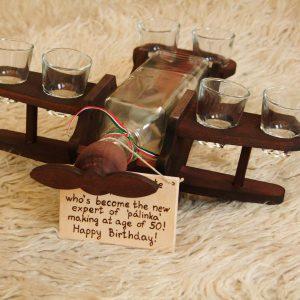 Pálinkás Repülő Fából 6 db Pohárral és Pálinkásüveggel Gravírozva is